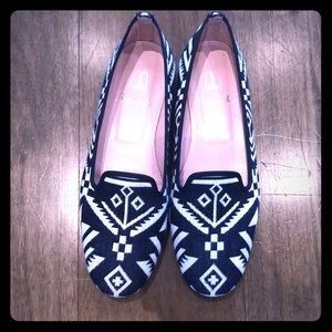 Shoes - Pretty Loafers - size 37.5, navy pattern